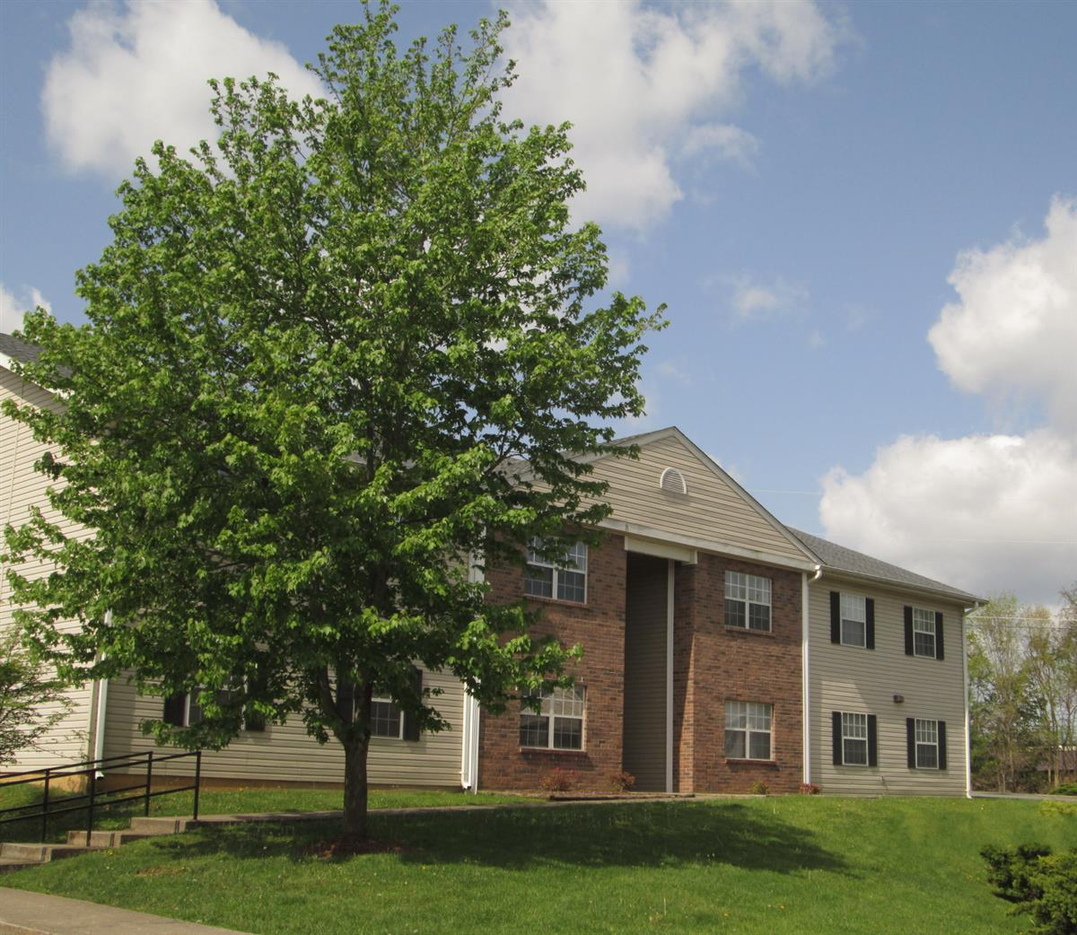 Apartments For Rent In Johnson City Tn: Stoneybrook Heights Apartments